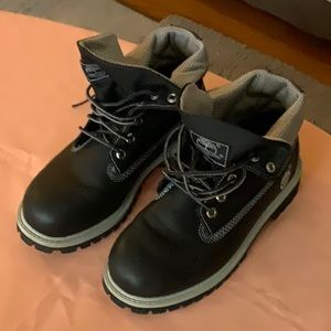 Timberland boots size 6 NWOT